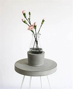 Beton Vase Selber Machen : dekorieren mit beton ~ Markanthonyermac.com Haus und Dekorationen