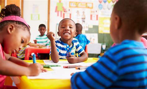 teaching preschool a year of inspiring lessons class 720 | preschool curriculum