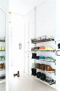 Petit Rangement Chaussures : les 49 meilleur rangement vetement petit espace galerie les id es de ma maison ~ Teatrodelosmanantiales.com Idées de Décoration