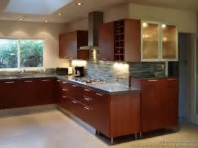 kitchen backsplash cherry cabinets gallery for gt kitchen backsplash cherry cabinets