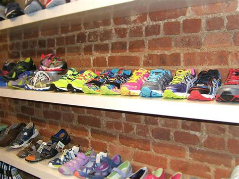 Best Shoe Shops by Best Shoe Stores In Nyc For Quality Kids Shoes