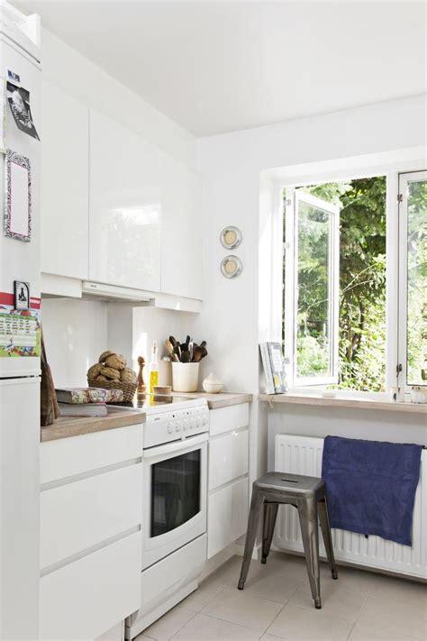 peinture carrelage cuisine plan de travail cuisine moderne quels meubles de cuisine ouverte
