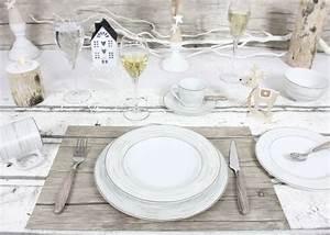 Assiette à Dessert Originale : vaisselle noel pour une belle d co de table de f tes c t maison ~ Teatrodelosmanantiales.com Idées de Décoration
