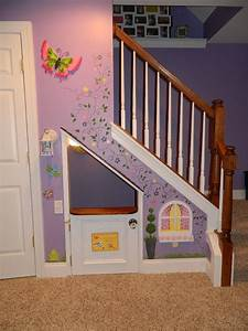 11 Incredible Kids Playhouses Under The Stairs - Do-It