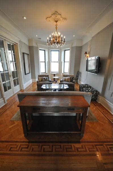 greek key floor transitional living room benjamin