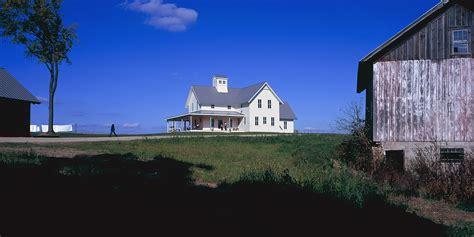 progressive farmhouse rehkamp larson architects