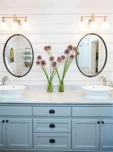 Fixer Upper HGTV Bathrooms Paint Colors