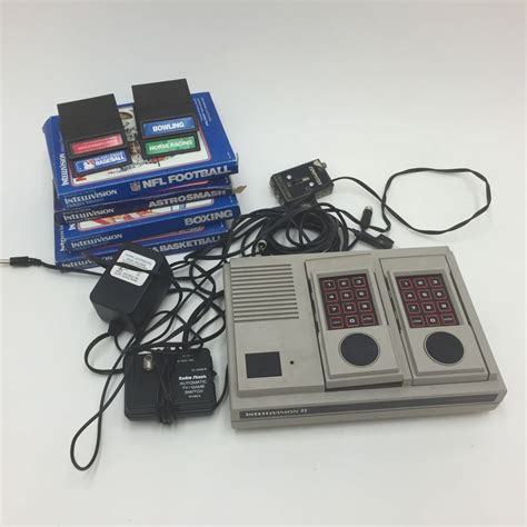 mattel console mattel intellivision ii launch edition white console