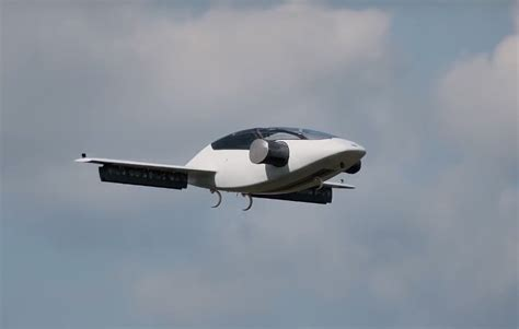 Uber Elevate Set To Envision Flying Car Taxi Technology