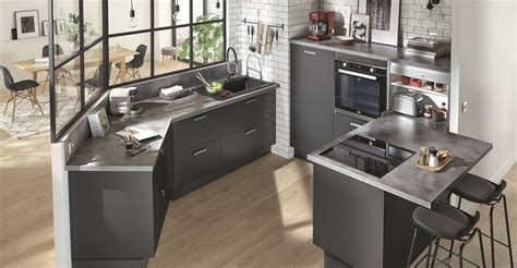 plan de travail cuisine effet beton cuisine berkeley de conforama