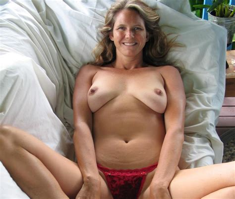 A In Gallery Best Milf Amateur Posers1 Picture 1