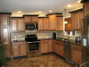 raised ranch kitchen 2081