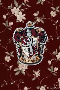 harry potter my edits Gryffindor hufflepuff slytherin ...