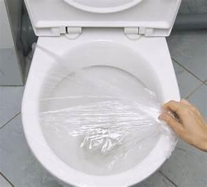 Produit Pour Déboucher Les Toilettes : une astuce insolite pour d boucher les toilettes ~ Melissatoandfro.com Idées de Décoration