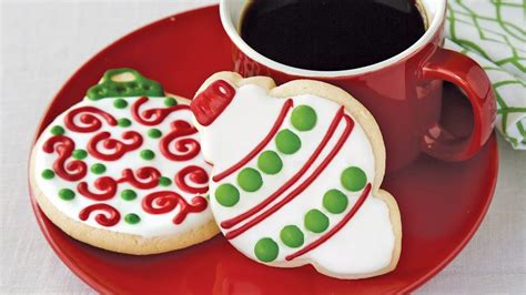 3d round ornament cookie recipe iced ornament sugar cookies recipe from pillsbury