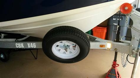 Boat Trailer Tire Mount by Boat Trailer Accessories Spare Tire Carrier Offset