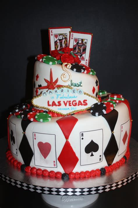 Las Vegas Topsy Turvy Wedding Cake Cakecentral