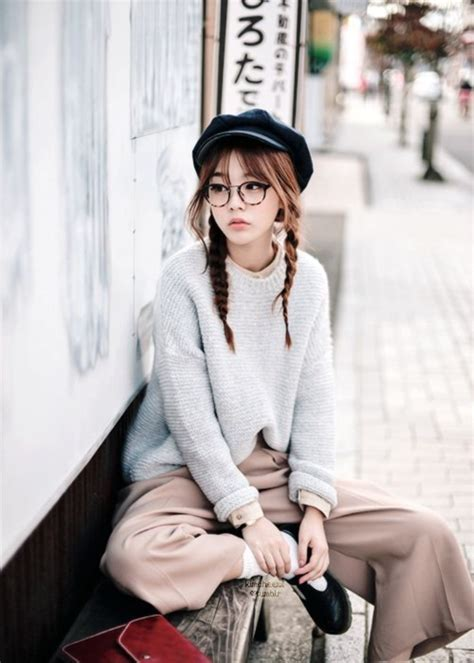 Simple Kpop Outfit Women