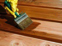 Holz Mit Wandfarbe Streichen : terrassendielen aus wpc reinigen so beh lt die terrasse ihren glanz ~ Markanthonyermac.com Haus und Dekorationen