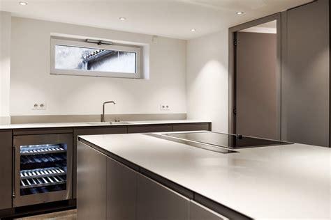 amenagement cuisine surface aménagement st tropez cuisine et salle de bains solid