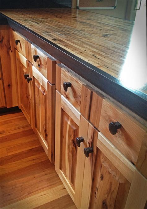Kitchen reface Hickory/boxcar countertops   Rustic