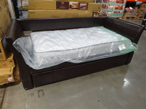 Twin Mattress Set Costco Painting Kitchen Cabinets Red Country Home Kitchens Small Space Storage Ideas Blue Table Cloth Cooking Test Modern Simple