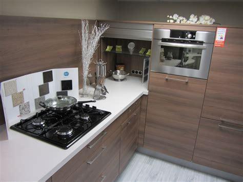 placard coulissant cuisine placard cuisine avec rideau coulissant