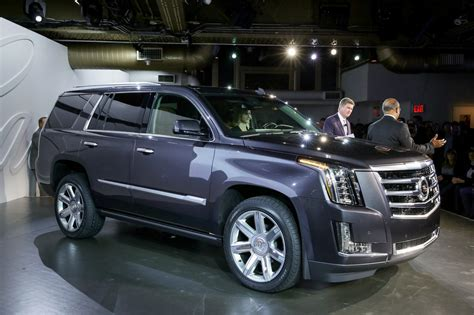 2015 cadillac wheels hybrid escalade 2015 cadillac escalade may still spawn ext and