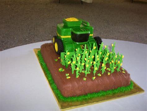 john deere corn combine grooms cake cakecentralcom