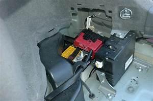 Batterie Voiture Hybride : survoltage de la toyota prius par le coffre co nergie montr al ~ Medecine-chirurgie-esthetiques.com Avis de Voitures