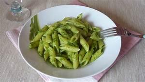 Pasta with arugula pesto recipe | Sapori Greci e Mediterranei