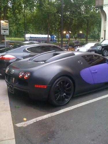 Matte purple and black bugatti veyron infront of the monte carlo casino. Matt Black/Purple Bugatti Veyron | A wierd coloured Arab ...