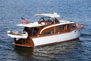 1953 CHRIS CRAFT 45' 0' (13.72m) For Sale - Denison Yacht