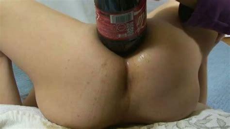Due Litri Di Coca Cola E Menta Nel Buco Del Culo Di Mia