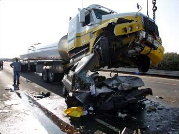 car pileup kills   california cbs news