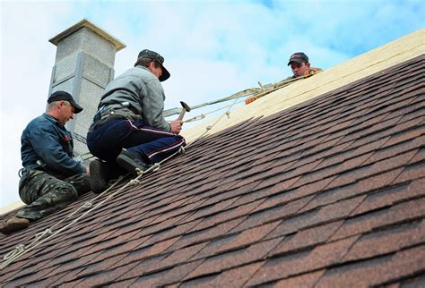 Choosing The Right Professional For Roof Repairs ...