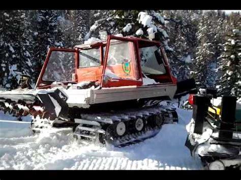 gatto delle nevi in the panchine mario noce zohan e il gatto delle nevi