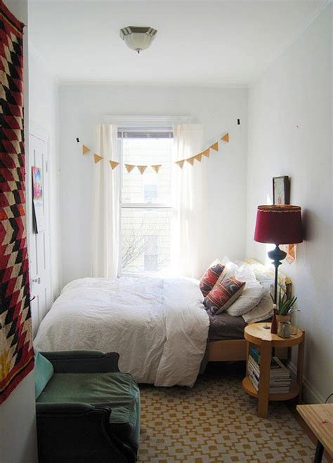 Small Bedroom Decor Ideas by Are You These 7 Rookie Decorating Mistakes Rooms