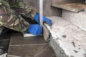 Teppichboden Entfernen Kosten : terrassenplatten verlegen kosten sparm glichkeiten und mehr ~ Lizthompson.info Haus und Dekorationen