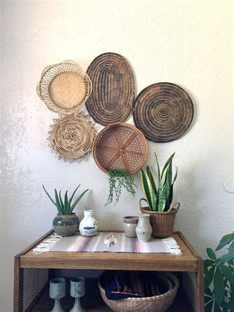 Here are some pictures of the pinterest dining room ideas. Vintage Oval Brown Woven Wicker Basket / Trivet / Placemat / Wall Art by WhiteElephantCo on Etsy ...