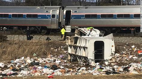 Train Carrying Members Of Congress Hits Truck, 1 Dead