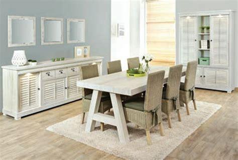 table salle a manger bois et blanc table salle a manger bois vieilli inspirations avec bois blanc vieilli ensemble sejour salle