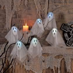 Flashing Light Up Halloween Ghost Decoration Set