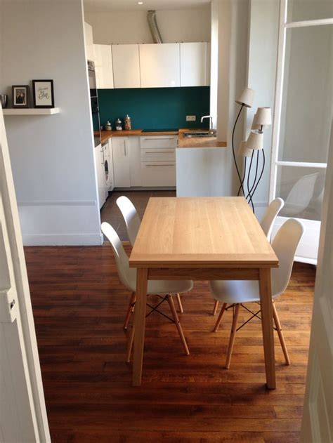 cuisine canard cuisine ouverte crédence bleu canard plan de travail bois hêtre blanc laqué déco maison