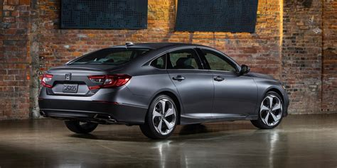 Honda Accord Picture by 2018 Honda Accord Debuts Accord Coupe Is Dead The