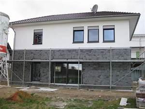 Hausfassade Weiß Anthrazit : hausfassade au enansichten 39 aussenansichten 39 haus projekt zimmerschau ~ Markanthonyermac.com Haus und Dekorationen