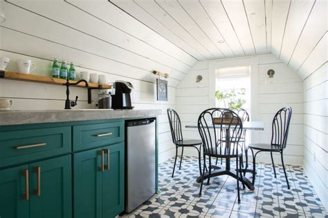 chip  joanna gaines  reservations  magnolia house