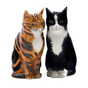 cat salt and pepper shakers cat salt and pepper shakers all things cats