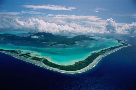 bureau d étude biodiversité derrière image de carte postale la polynésie