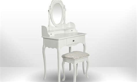siege coiffeuse coiffeuse blanche style baroque en bois avec siège et